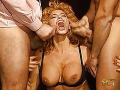 Milly D'Abbraccio - Making out..