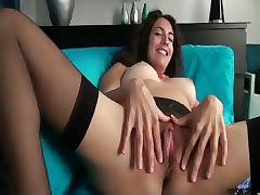 Enticing cougar-in-training..