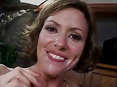 Cum Stimulated MILF Saskia..