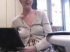 UK Sara, coffee close to a..