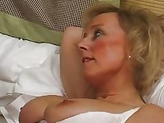 British MILF masseuse slattern..