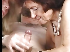 Granny yon Stockings Gets some..