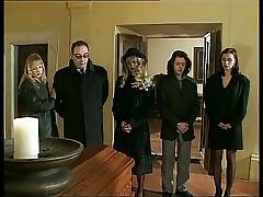 Il Funerale- operative italian..