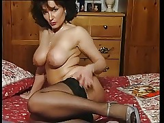 Hot Shady Feigning nearly Milf..