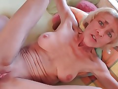 German setal titties GILF gets..