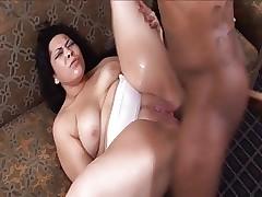 Latin MILF Nina Perez Gettin..