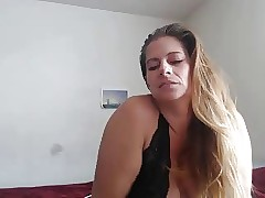 erotic curvy milf webcam teaser